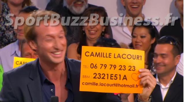Le numéro de téléphone de Camille Lacourt donné sur le plateau du Grand Journal