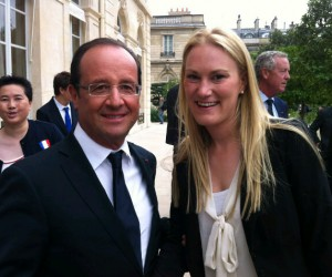 Twitpic : Marlène Harnois pose avec François Hollande
