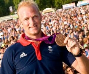 Deux athlètes britanniques se font voler leur médaille olympique dans une boîte de nuit
