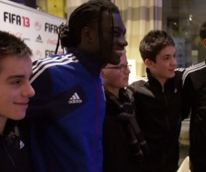 Un Fan de l'Olympique Lyonnais réalise son rêve grâce à la soirée mystère FIFA 13