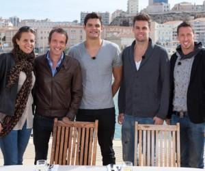 Laure et Florent Manaudou, Camille Lacourt, Fred Bousquet et Grégory Mallet dans l'émission «Top Chef»