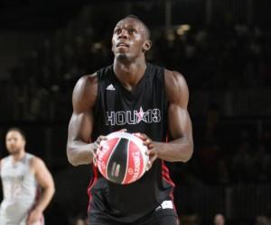 NBA – Usain Bolt fait le show et claque un Dunk au All Star Game 2013 dans le match des célébrités !
