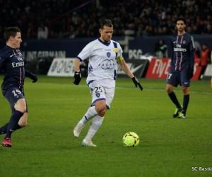 Suspension de 3 mois avec sursis pour Rothen à cause de pronostics sportifs et promotion d'Unibet.fr