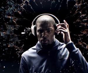 Kevin Durant dans la nouvelle publicité Skullcandy pour le casque audio «Crusher»