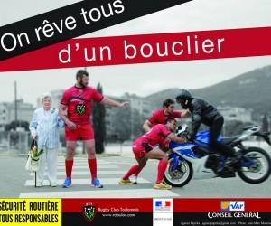 Des joueurs du RCT jouent les boucliers humains dans une campagne de sensibilisation à la sécurité routière
