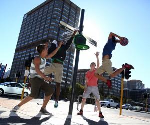 Jouez au basket où vous voulez avec le panier de basket transportable «The Hoop by Kipsta» !