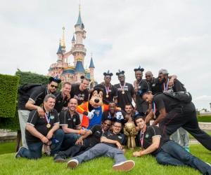 La JSF Nanterre célèbre son titre à Disneyland Paris !
