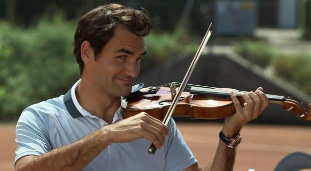 Auto Express Credit >> Roger Federer joueur de violon (Racket VS Violin) - SportBuzzBusiness.fr