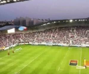 Stade Français Paris / Nouveau Jean Bouin : Arrivée du ballon en parachute (Vine)