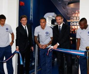 Le Paris Saint-Germain ouvre sa première boutique officielle à l'étranger au Qatar