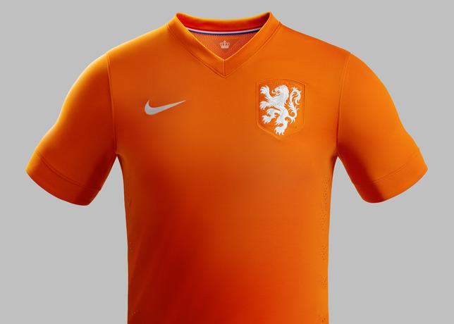 Coupe du monde 2014 nike d voile les nouveaux maillots - Maillot allemagne coupe du monde 2014 ...