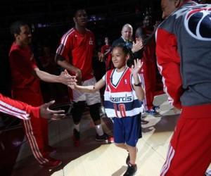 NBA – Une Fan atteinte d'une tumeur du poumon signe un contrat d'une journée avec les Washington Wizards
