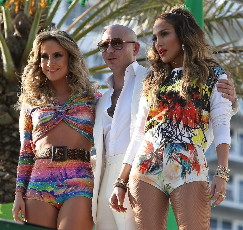 J-Lo, Pitbull, dan Claudia Leitte berkolaborasi untuk nyanyikan anthem Piala Dunia 2014