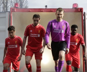 Liverpool FC – Nouveau Maillot domicile 14/15 (Warrior Football)