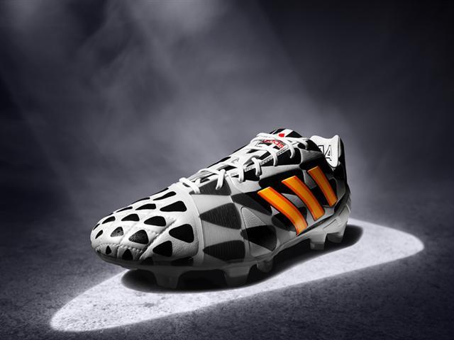 adidas nitrocharge battle pack coupe du monde 2014 noit et blanc