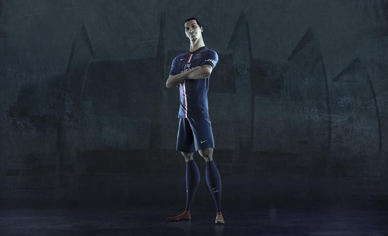 PSG_Zlatan ibrahimovic nouveau maillot 2014 2015 Nike