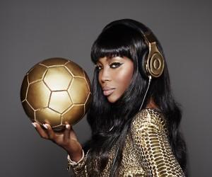 Beats by Dre et Naomi Campbell offrent des casques en Or trempé 24 carats aux Champions du Monde allemands