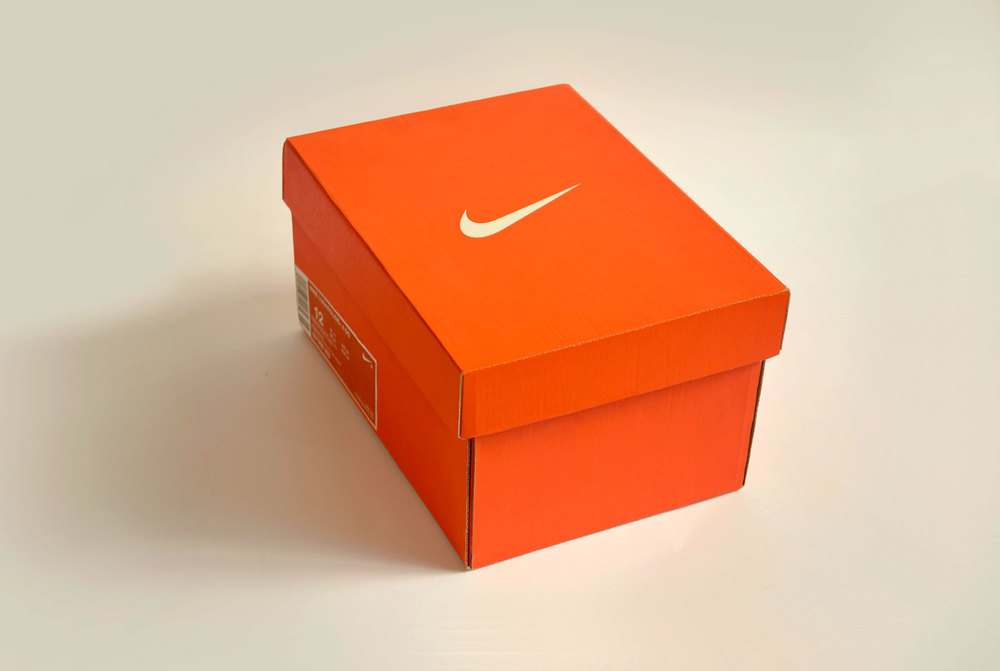 boîte chaussures nike