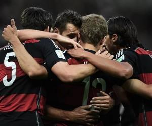 La déroute 7-1 du Brésil contre l'Allemagne en demi-finale de Coupe du Monde explose les records sur Twitter et Facebook