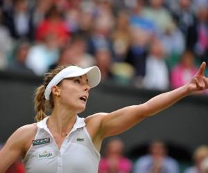 Boursin s'affiche sur la tenue d'Alizé Cornet lors de son match contre Eugénie Bouchard à Wimbledon