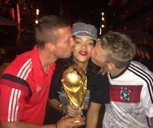 Allemagne-Argentine : 32,1M de tweets, 25,6M€ de primes pour l'Allemagne, Angela Merkel et Rihanna en selfie avec les joueurs