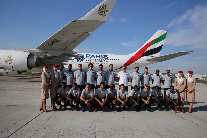 Un Avion Emirates Aux Couleurs Du Psg
