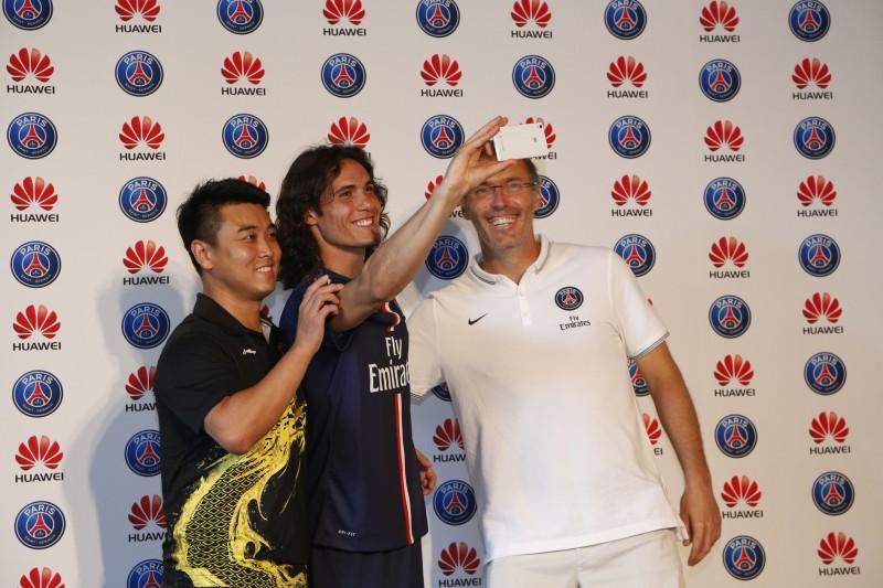 huawei Wang Hao PSG cavani laurent blanc ping pong