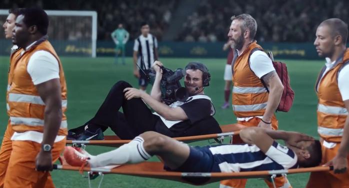 les caméramen pub canal plus sport football BETC paris