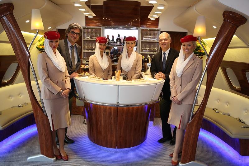 hôtesses emirates PSG salon VIP