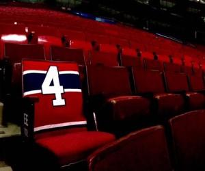 Les Canadiens de Montréal rendent hommage à Jean Béliveau en laissant son siège vide au Centre Bell