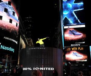 Puma et Usain Bolt mettent le feu à Times Square (New York) pour le lancement de la PUMA IGNITE