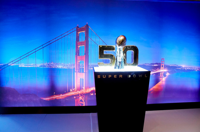 trophée super bowl 50 vince lombardi or