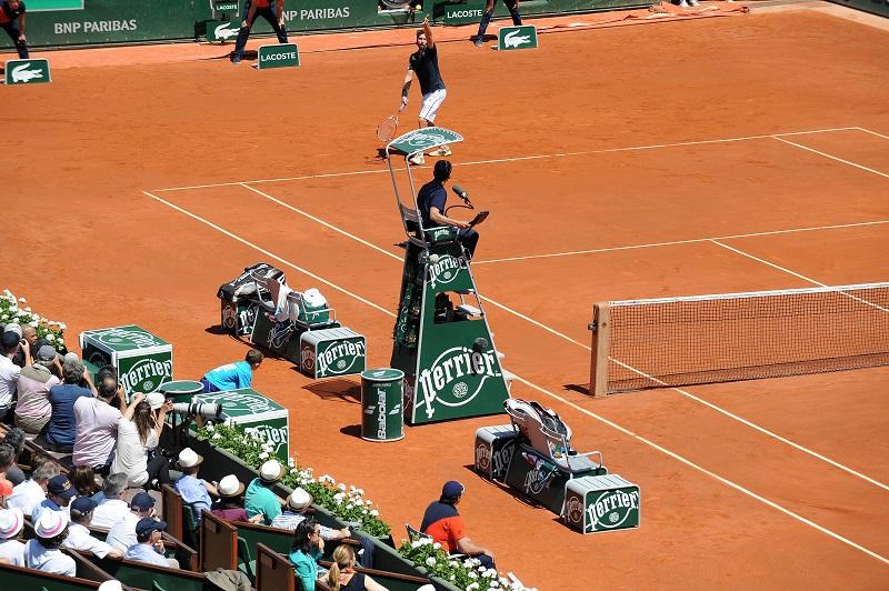 Le dispositif extraordinaire d ploy par perrier pour for Chaise arbitre tennis