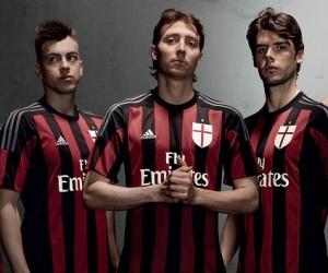Nouveau maillot domicile 2015-2016 AC Milan (adidas)