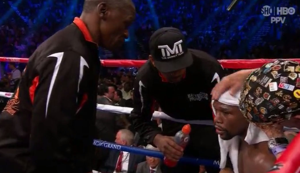 floyd was drinking banned gatorade in his corner   page 3
