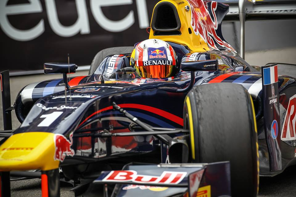 Pierre Gasly GP2 red bull
