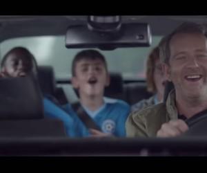 «Dimanche matin» – La nouvelle publicité TV de Volkswagen rend hommage au football universel