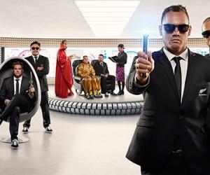 Les All Blacks jouent les Men in Black dans une vidéo de prévention d'Air New Zealand