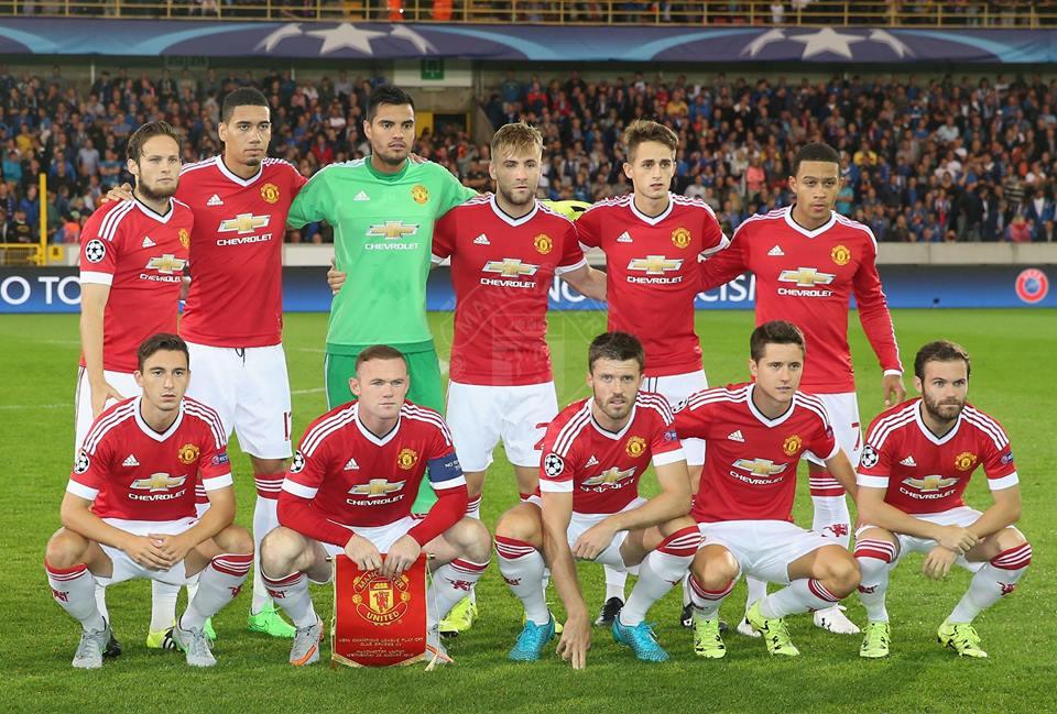 ensemble de foot Manchester United ÉQUIPE
