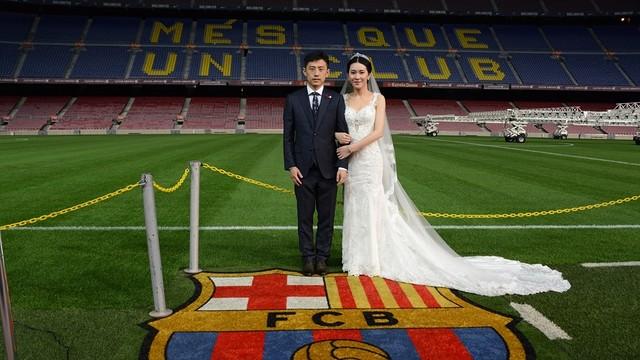 Chinese wedding at Camp Nou FC Barcelona