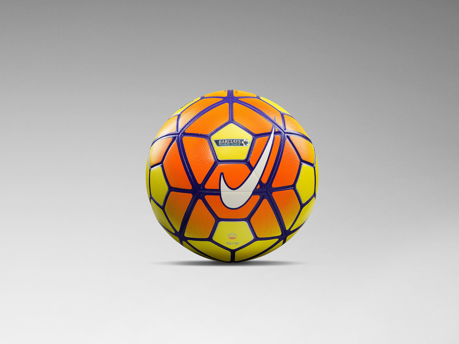 e57e23e013d8d Nike reste le Ballon Officiel de la Premier League jusqu en 2019 ...