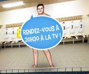 Le journaliste Pierre Ménès «à poil» dans une publicité pour FEU VERT