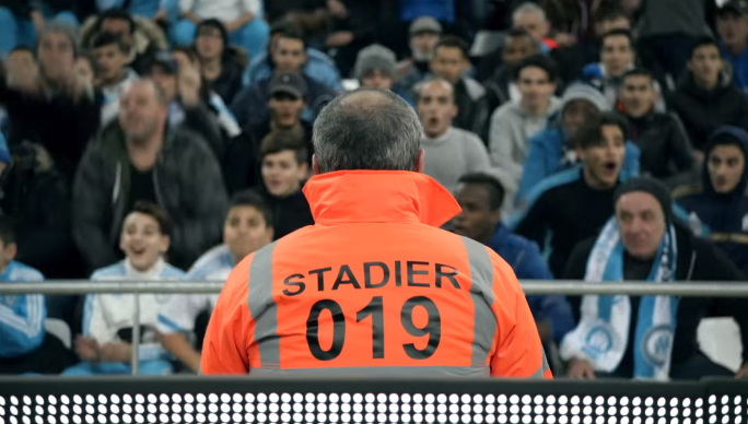 publicité canal plus 2016 OM - PSG supporter stadier football