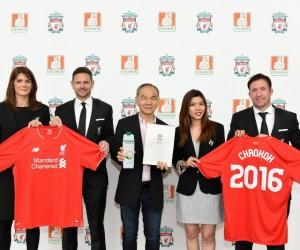 L'eau de coco Chaokoh nouveau Partenaire Officiel de Liverpool FC pour devenir une marque internationale