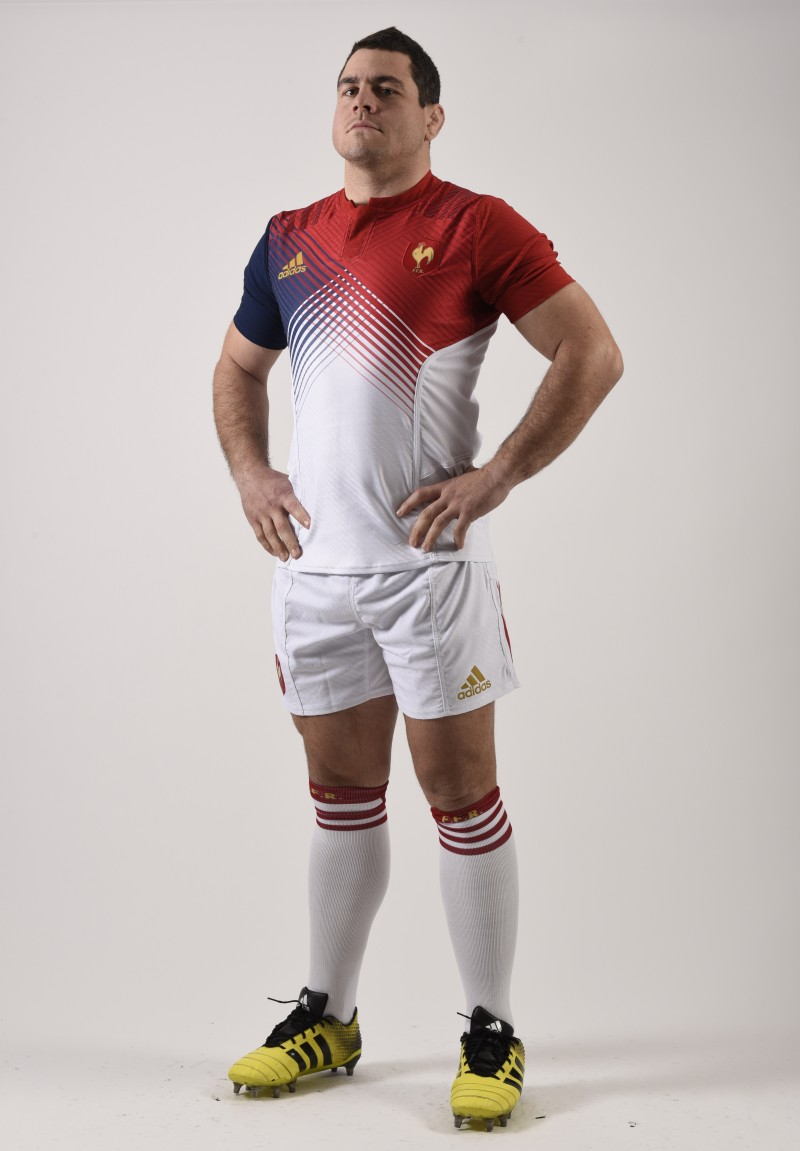 d couvrez le nouveau maillot adidas bleu blanc rouge du xv de france. Black Bedroom Furniture Sets. Home Design Ideas