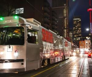 Nike customise un tramway à l'occasion du NBA All Star Game de Toronto et offre une expérience de marque unique