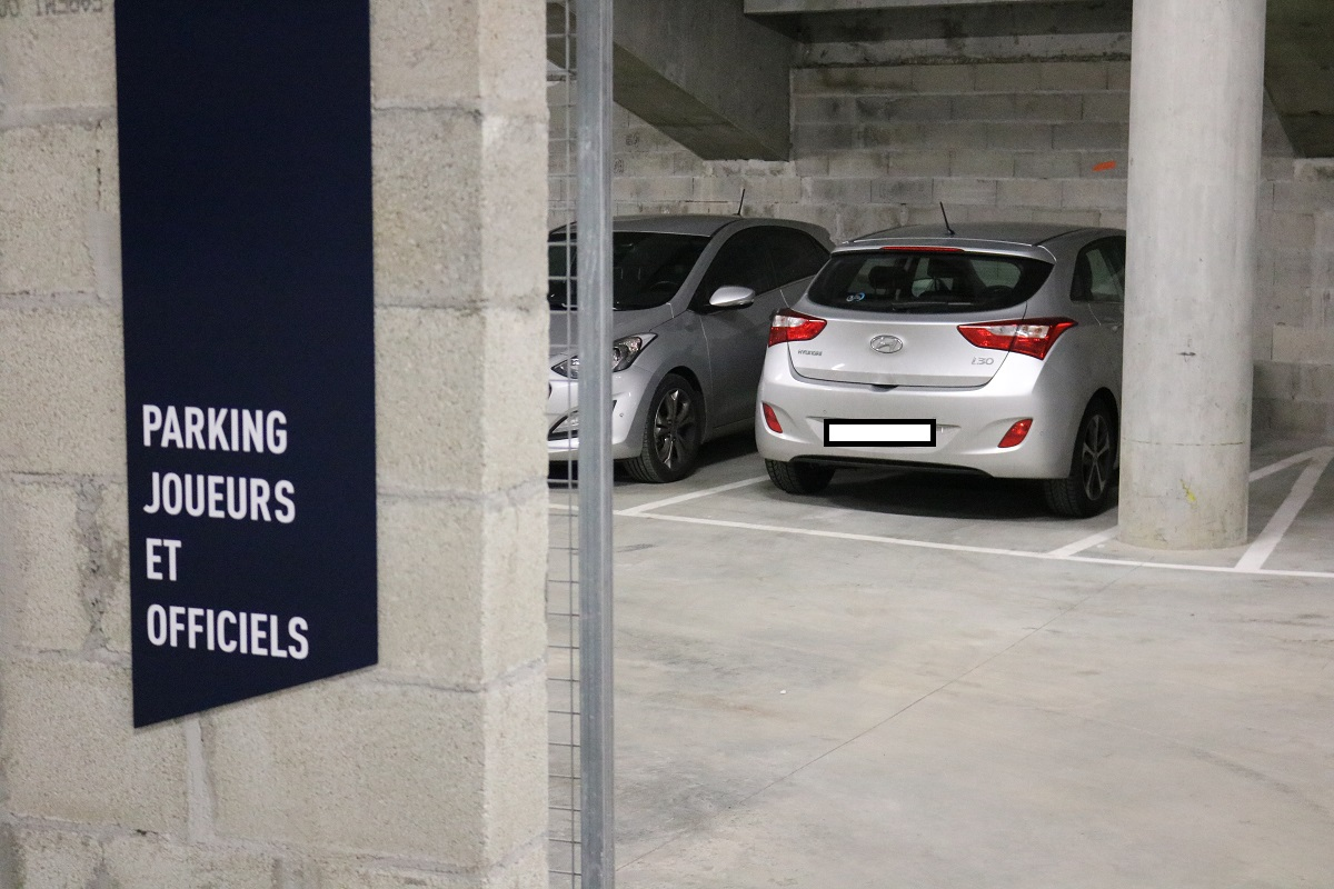 parking voitures olympique lyonnais PARC OL hyundai