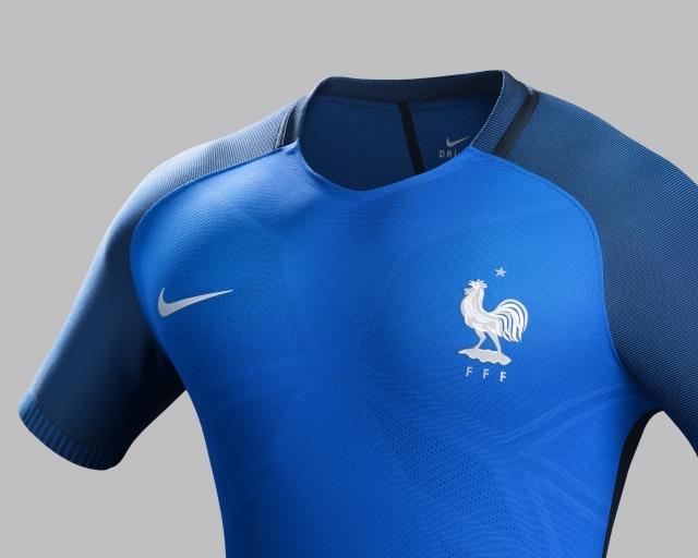 Pour Dévoile L'equipe De Maillots Football Nike France Les L Adq0x0fp