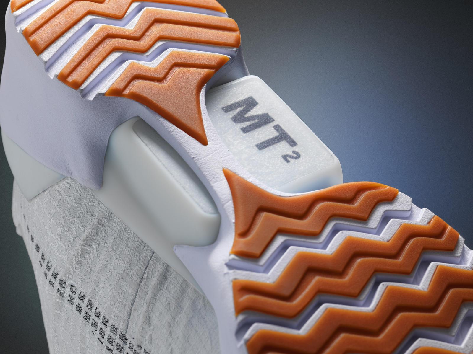 Nike HyperAdapt 1.0 auto-laçante adaptive lacing 2016