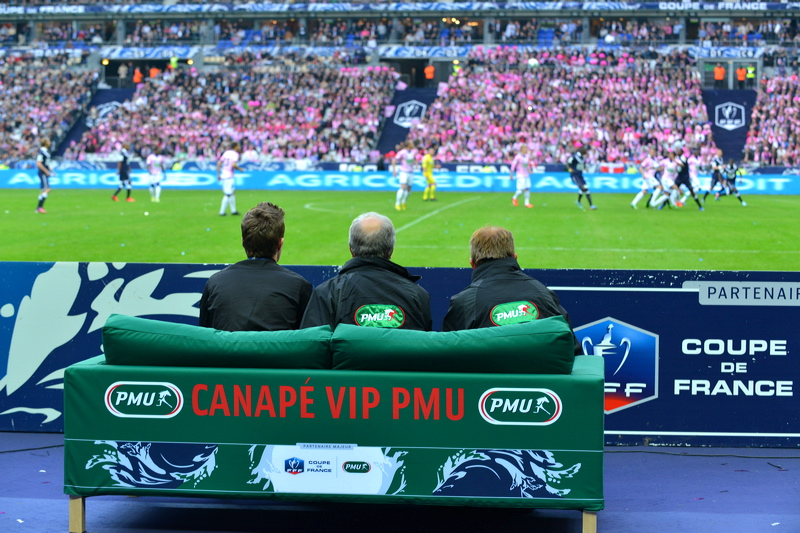 canapé-VIP-PMU-coupe-de-france-2013-stade-de-france-bordeaux-evian